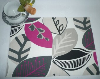 Fuschia Pink Napkins 4 Funky Retro Floral Fabric Cloth Napkins Grey Taupe washable ANY of MY DESIGNS