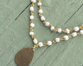 Dainty White Layered Short Necklace