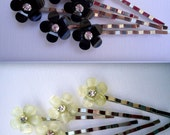 Bridal Cabochon bobby pin - Petite silvery champagne glitter and ebony black flower with rhinestone decorative embellish jewel TREASURY ITEM