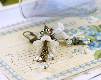 Enchanting White Lucite Flower Earrings, White Wedding Earrings, Bridal Jewelry