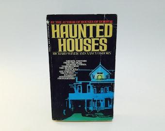 Vintage Horror Book Haunted Houses by Richard Winer & Nancy Osborn 1981 Paperback