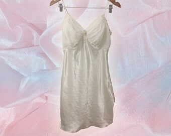 90s White Satin and Chiffon Bridal Slip with Pearl and Rosette Detail size Small