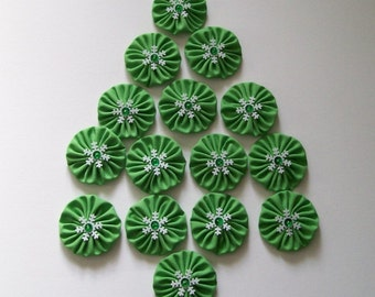 "Set of 15 Green Yo Yos 1.5"" Embellished with Snowflakes Sequins Beads"