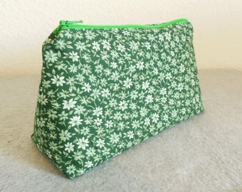 Cosmetic Bag - Green Floral