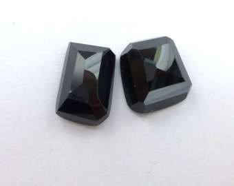 Onyx Cabochons. Faceted Cabochon. Natural Gemstones. 2 pc. 17.14 cts. 10x14 and 11x13 mm  (OX200)