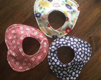 Baby Girl Bib, Peter Pan Collar Bib, Teething Bib, Triple Layer Bib, Retro Inspired Bib, Baby Girl Shower Gift, Vintage Inspired Print
