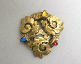 Large Vintage Dress Collar Clip Gold Tone Metal Oak Leaves Red Yellow Blue Glass Acorns Womens Costume Jewelry Retro Fashion