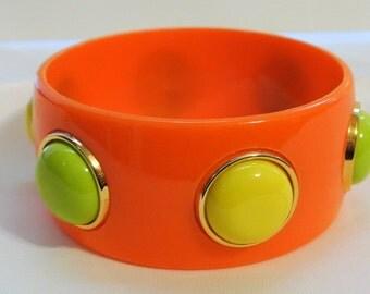 Vintage Plastic Cabochons Bangle Bracelet