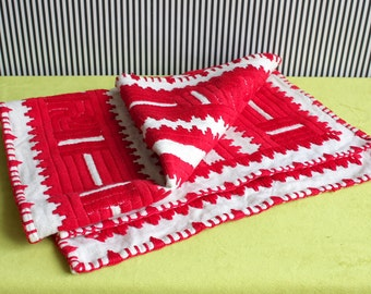 Mid Century Modern Cotton Handmade Table Runner with Geometrical Pattern in Red and White