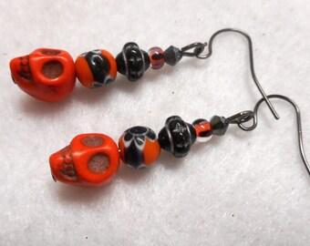 Halloween Earrings, Skull Earrings, Halloween Jewelry, Skull Jewelry, Orange and Black Earrings, Orange and Black Jewelry, Halloween Costume