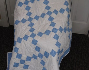 CHRISTMAS SALE, Free Shipping, Baby Blue Irish Chain, Baby Quilt, Hand Quilted