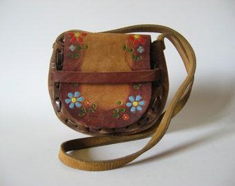 Ombre tan tooled leather slide flap purse mini bag  Mexico souvenir painted floral club case stitch detail