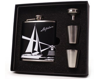 Nautical gift flask set for men and women // Sailboat