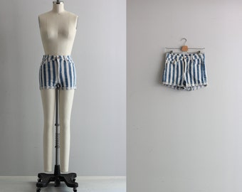 Vintage 90s Shorts . Blue and White Stiped Jean Shorts . Denim Hot Pants