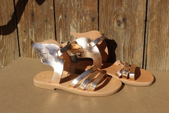 Kids sandals wing sizes 25