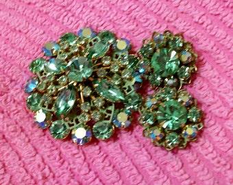 Pretty 3 Piece Green Rhinestone Jewelry Brooch  Clip On Earrings Retro Bright Jewels