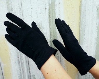 Sale 25% Off Use Coupon Code SAVE25 // Gloves Black & Navy Blue Wrist Flair w/ Top Stitching Vintage 50s