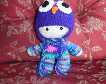 crochet doll, dol with hat, big head doll, newborn hat, photo prop, owl hat, photo prop