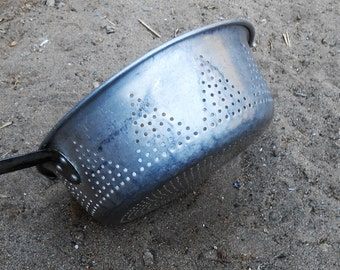 Mid Century Metal Strainer / Colander with Long Handle -  Large
