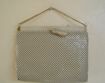 Vintage 1980s WHITING & DAVIS cream mesh / chainmail evening bag / purse / clutch