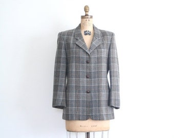 SALE / ladies 80s LL Bean gray wool plaid blazer / Autumn plaid blazer - vintage 80s riding jacket / preppy jacket - braided leather buttons