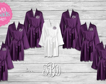 Bridesmaid Robes, Personalized Satin Robe, Silk robes, Bridesmaid Gift, Bride Robe, Monogrammed Robes, Brides Robe, Purple Plum Robes