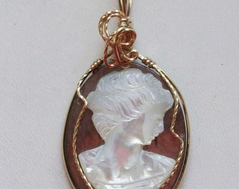 Shell Cameo Pendant in 14kt Gold Filled Wire