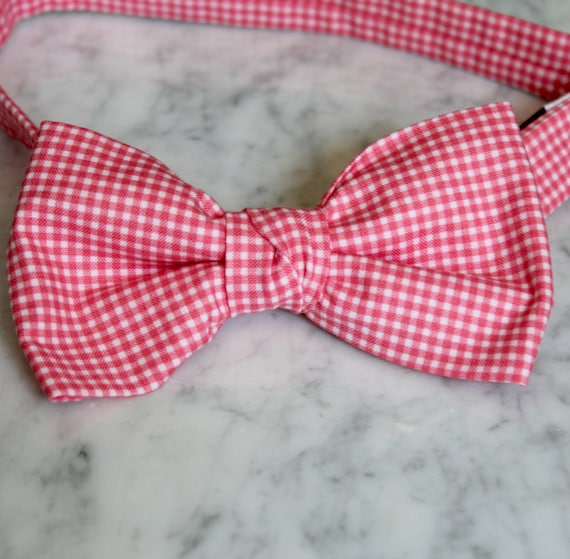 Men's Bow Tie in Tiny Fuchsia Pink Gingham Plaid - Self tying, pre-tied adjustable strap or clip on - Groomsmen attire