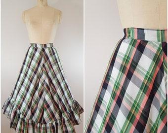 Vintage 1950s Skirt / Christmas Plaid Skirt / Full Skirt / Taffeta / Small Medium
