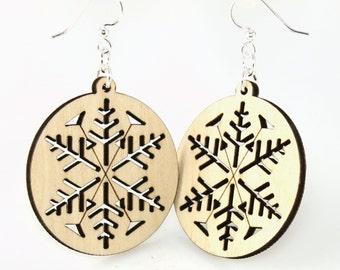 Circular Snow Flake Design - Beautiful Detail - Celebrate Winter