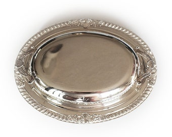 Vintage Oval Silverplate Vegetable dish with Lid and Glass Pyrex Insert
