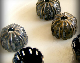 Antique Bronze Filigree Bead Caps  (20 pcs)