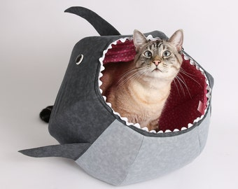 Shark Cat Ball cat bed - Shark Week - Shark cat bed - Cats in sharks - Great White Shark Cat Ball - Funny cat bed - funny pet bed