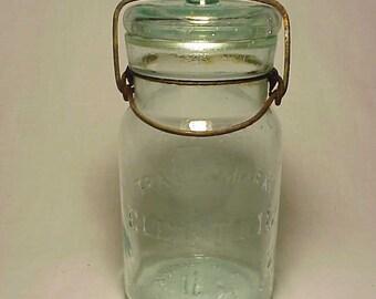 c1890s Trade Mark Electric H. W. Pettit Salem, N.J. Aqua Embossed Pint Fruit Jar