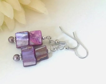 Seashell Earrings, Ecofriendly Earrings, Purple Shell Earrings, Purple Pearl Earrings, Beach Earrings, Clip On Earrings, Beaded Earrings