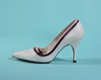 Vintage 1960s White Wedding Shoes - Red Navy Blue Leather High Heel - Bridal Fashions Size 6