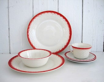 Vintage Fish Scale Dinner Plates Bowl Cup Saucer Dishes Anchor Hocking Red Rim Edge Fire King Vitrock Dinnerware Set