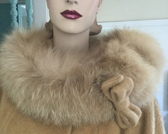 Vtg Classic 60s wool Lilli Ann coat, tan brown, fox fur collar M
