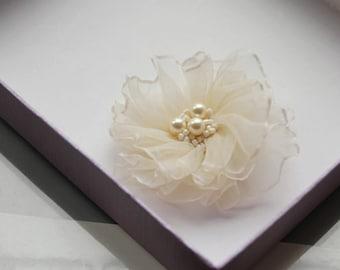 Wedding Flower Hair - Ivory or White Hair Clip - Bridal Hair Flower - Wedding Hair Accessories- Wedding Hair Flower - Flower Girl Hair Clip