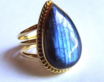 COA:NM Blue FLASH Laradorite 24 Kt Gold Plated Sterling Ring. size 7.5 -8.