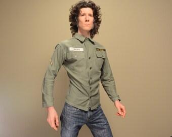 vintage 40s 50s US Army shirt distressed 13 star button 1940 1950 wwii Korea army shirt jacket 36 small XS extra slimfit SETAF