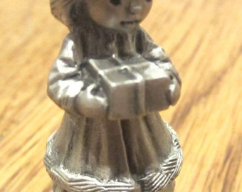 Hallmark Little Gallery Pewter Figurine Mary Girl 1982 With Gift Present 1982