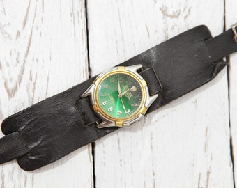 Vintage Russian Soviet WRIST WATCH Fake Leather watchband (wristlet) green DIAL