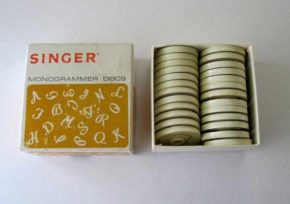 Singer Monogrammer (appareil à dessiner des monogrammes) Il_570xN.862579351_o04r