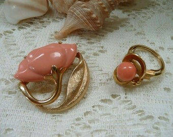 Pretty Vintage Avon Faux Coral Pin Brooch And Ring From 1970's