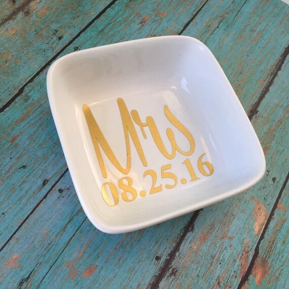 Personalised Wedding Gift Ring Dish : Wedding GiftPersonalized Wedding GiftRing DishMrs ring Dish ...