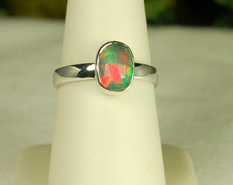 Opal Ring, Size 8, Green Red Blue Flash, Welo Opal, Sterling Silver, October Birthstone, Ethiopian Opal, Natural Opal, Rainbow Opal