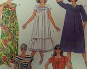 MUU MUU DRESS Pattern • Simplicity 7493 • Miss 22-24 • V-Neck Muu Muu • Ruffled Muu Muu • House Dress • Vintage Patterns • WhiletheCatNaps