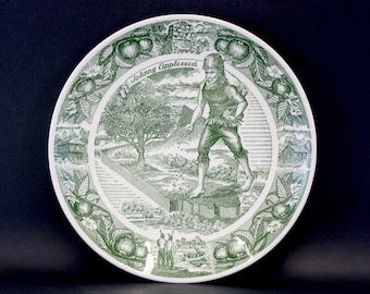 Vintage Johnny Appleseed Green Illustrated Souvenir Plate (E6564)