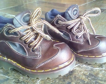 Dr Martens Hiking Boots / Youth size /Brown Leather